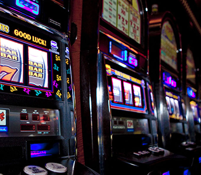 boulder bucks Slot Machine